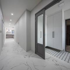 동탄2신도시: 삼공사건축사사무소의  복도 & 현관,모던 타일