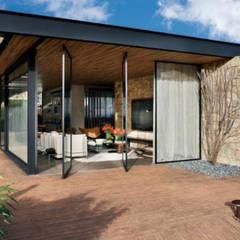 CASAS ESTRUCTURA DE FIERRO: Casas de estilo  por Casas Green Planet,