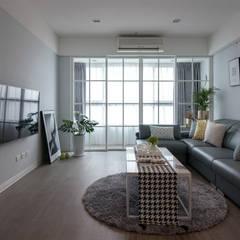 Salas / recibidores de estilo  por 北歐制作室內設計