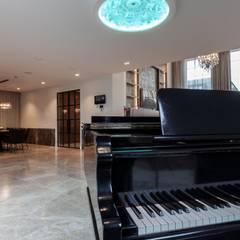 Vrijstaande villa:  Serre door Dineke Dijk Architecten