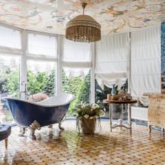 Bathroom by Студия дизайна Светланы Исаевой