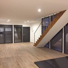 : Casas prefabricadas de estilo  por COSTE CASA