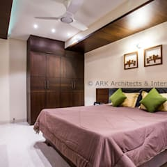 :  Small bedroom by ARK Architects & Interior Designers