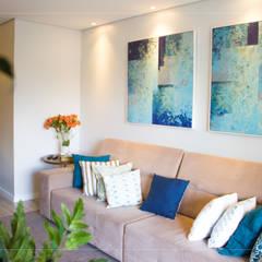 Apartamento MS: Salas multimídia  por R.E. Projetos,Minimalista