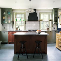 Philadelphia Kitchen Remodel:  Kitchen by Airy Kitchens