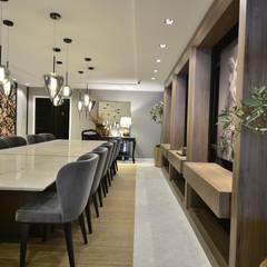 DOLCE - Sala de Jantar: Salas de jantar  por Marcelo Minuscoli - Projetos Personalizados