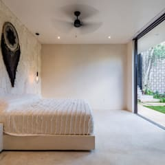 Small bedroom by Obed Clemente Arquitectos
