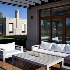 quincho -nardo- : Casas de estilo  por olot design