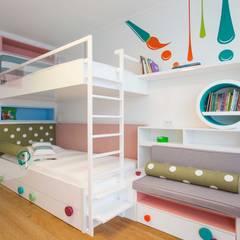 Pebbledesign / Çakıltașları Mimarlık Tasarım – Çollak Kids Room:  tarz Kız çocuk yatak odası