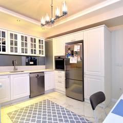 Konseptia Mimarlık Dekorasyon – Mutfak Projeleri:  tarz Mutfak
