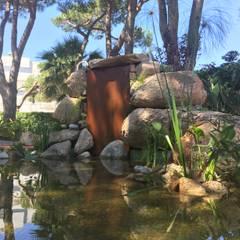 Nosaltres Toquem Fusta S.L.:  tarz Bahçe süs havuzu