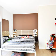 Rehabilitación y adecuación de un piso en Barcelona: Dormitorios de estilo  de JSV-Architecture