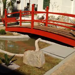Jardines zen de estilo  por Eric Harada Arquitetura - Projetos e Construções