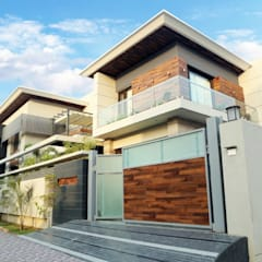 Houses by Planet Design and associate