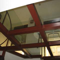 Escritórios e Espaços de trabalho  por Almudena Madrid Interiorismo, diseño y decoración de interiores, Industrial