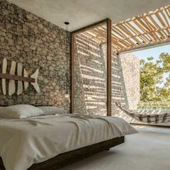 Small bedroom by Obed Clemente Arquitectos, Tropical Stone