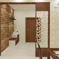 Valmark Aastha, 3 BHK - Mr. Anup & Ms. Harshitha:  Corridor & hallway by DECOR DREAMS
