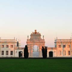 Palácio de Seteais: Casas  por Barbot