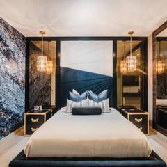 PROYECTO WA : Dormitorios de estilo  por Luis Escobar Interiorismo