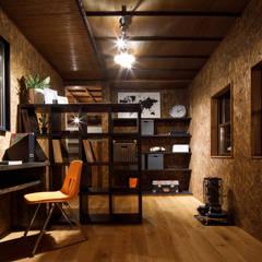 house-19(renovation): dwarfが手掛けた書斎です。