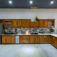 Keukenblokken door Mét Vuông