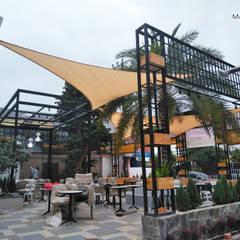 Thiết kế và thi công mái che ngoài trời của quán cà phê Sky Coffee Tiền Giang:  Nhà by Công ty TNHH Havico Việt Nam