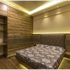 Small bedroom by GREEN HAT STUDIO PVT LTD