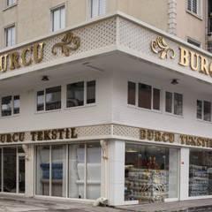ARTERRA MİMARLIK LTD.ŞTİ. – MAĞAZA CEPHESİ:  tarz Ofisler ve Mağazalar