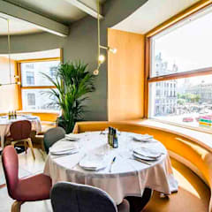 Bar & Klub  oleh fic arquitectos, Eklektik