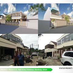 DESIGN DAN PENGEMBANGAN RUMAH TINGGAL 2LT DI SIDOMULYO: Dinding oleh ARCHDESIGNBUILD7, Modern