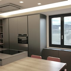 Built-in kitchens by Laura Marini Architetto