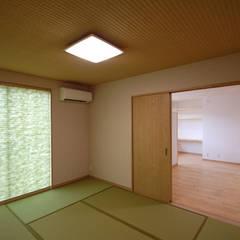 لوازم صوتی و تصویری by Home Plan Kiyotake 一級建築士事務所 ㈱清武建設