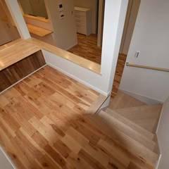 Stairs by Home Plan Kiyotake 一級建築士事務所 ㈱清武建設