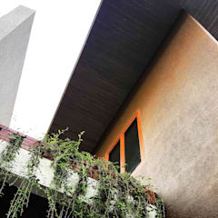 Balkon door Mandalananta Studio