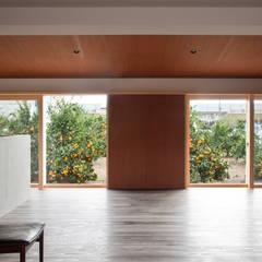 Balcony by 横山浩之建築設計事務所