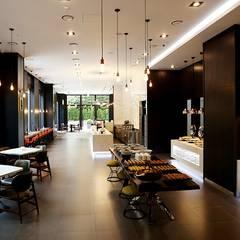 Hall: 피투엔디자인  _____  p to n design의  호텔