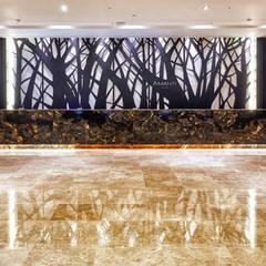 4F Lobby: 피투엔디자인  _____  p to n design의  호텔