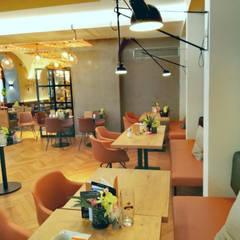 Skapetze sorgt für stilvolle Beleuchtung in den Bäckereien Bachmeier in Niederbayern!:  Gastronomie von Licht-Design Skapetze GmbH & Co. KG
