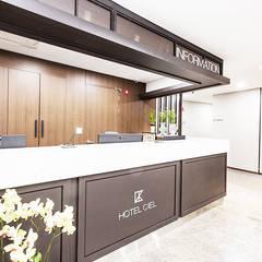 Dongtan Ciel Hotel: 피투엔디자인  _____  p to n design의  호텔