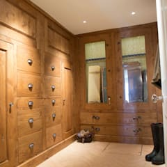 Dressing room by CLPM Ltd Construction Project Consultancy, Country