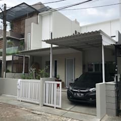 Freddy's House in Citra Garden:  Rumah by Equator.Architect