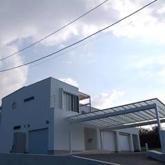 白い箱型の家 新築注文住宅施工事例 福岡市東区㈱清武建設一級建築士事務所: Home Plan Kiyotake 一級建築士事務所 ㈱清武建設  が手掛けた一戸建て住宅です。