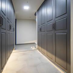 Dressing room by 제시카디자인그룹