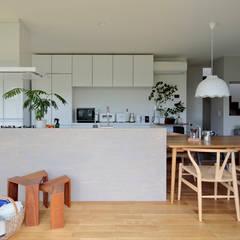 田中町のいえ: arc-dが手掛けたキッチンです。