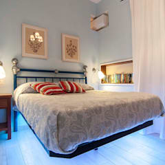 Small bedroom by Silvia Cubeddu architetto