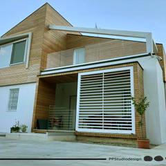 منزل خشبي تنفيذ PPStudioDesign, حداثي