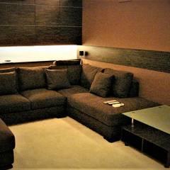 Частные аппартаменты: Медиа комнаты в . Автор – студия  Александра Пономарева