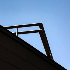 Casas de madeira  por ポーラスターデザイン一級建築士事務所