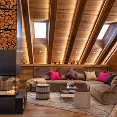 Living room by BEARprogetti - Architetto Enrico Bellotti