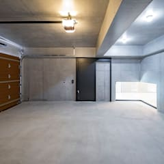 Garage/shed by 株式会社moKA建築工房